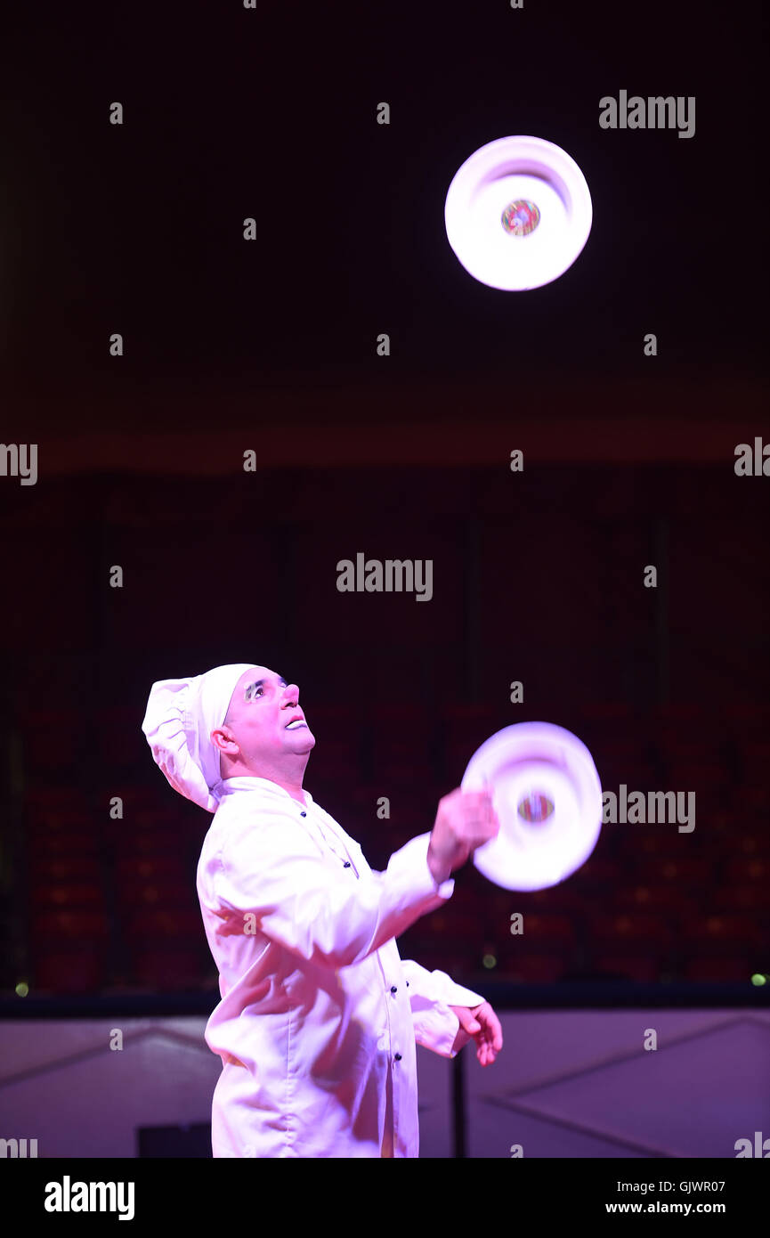 "Circus performer, ""Continental Circus Berlin"" Stock Photo"