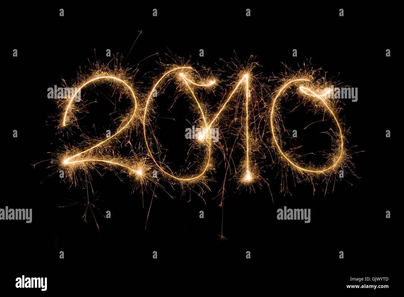 silvester neujahr 2010 jahreswechsel silvester neujahr 2010 feiern feuerwerk jahreswechsel jahresende zahl spruhen - Stock Image