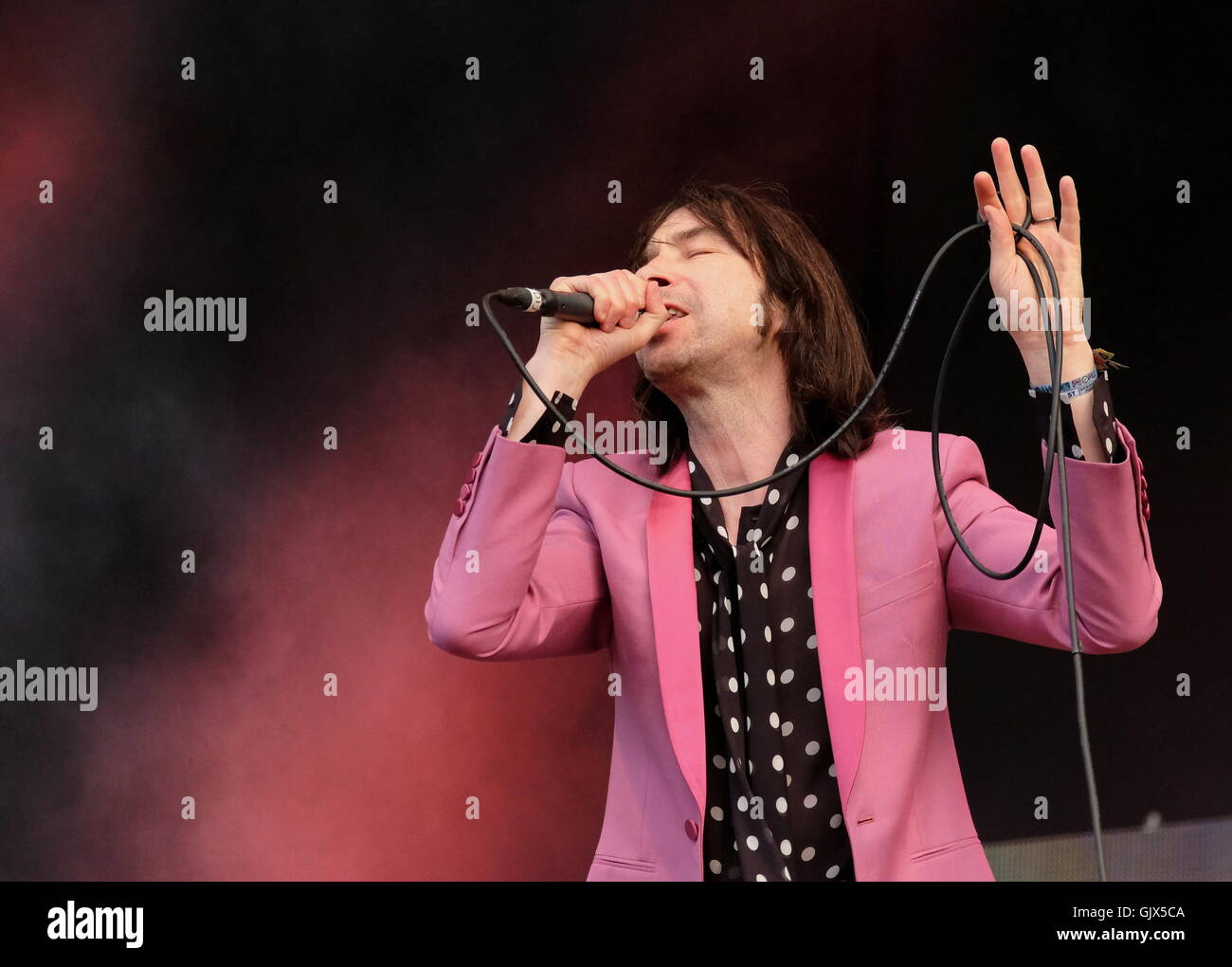 Common People Festival, Hampshire, 28th May 2016, Bobby Gillespie performing live with Primal Scream - Stock Image