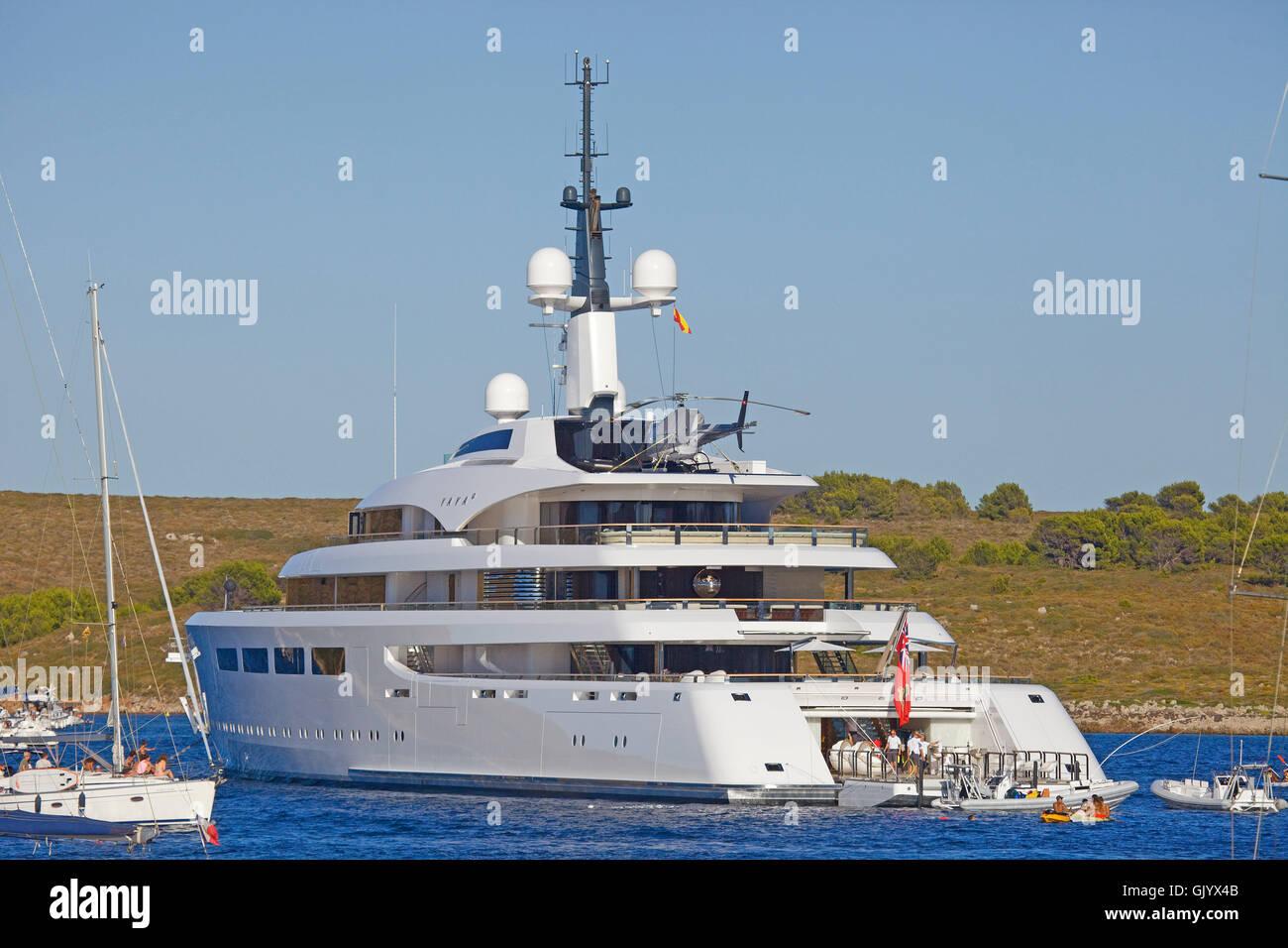 Vava 11 100m Superyacht 314ft Vessel With A Fold Down Beach Club