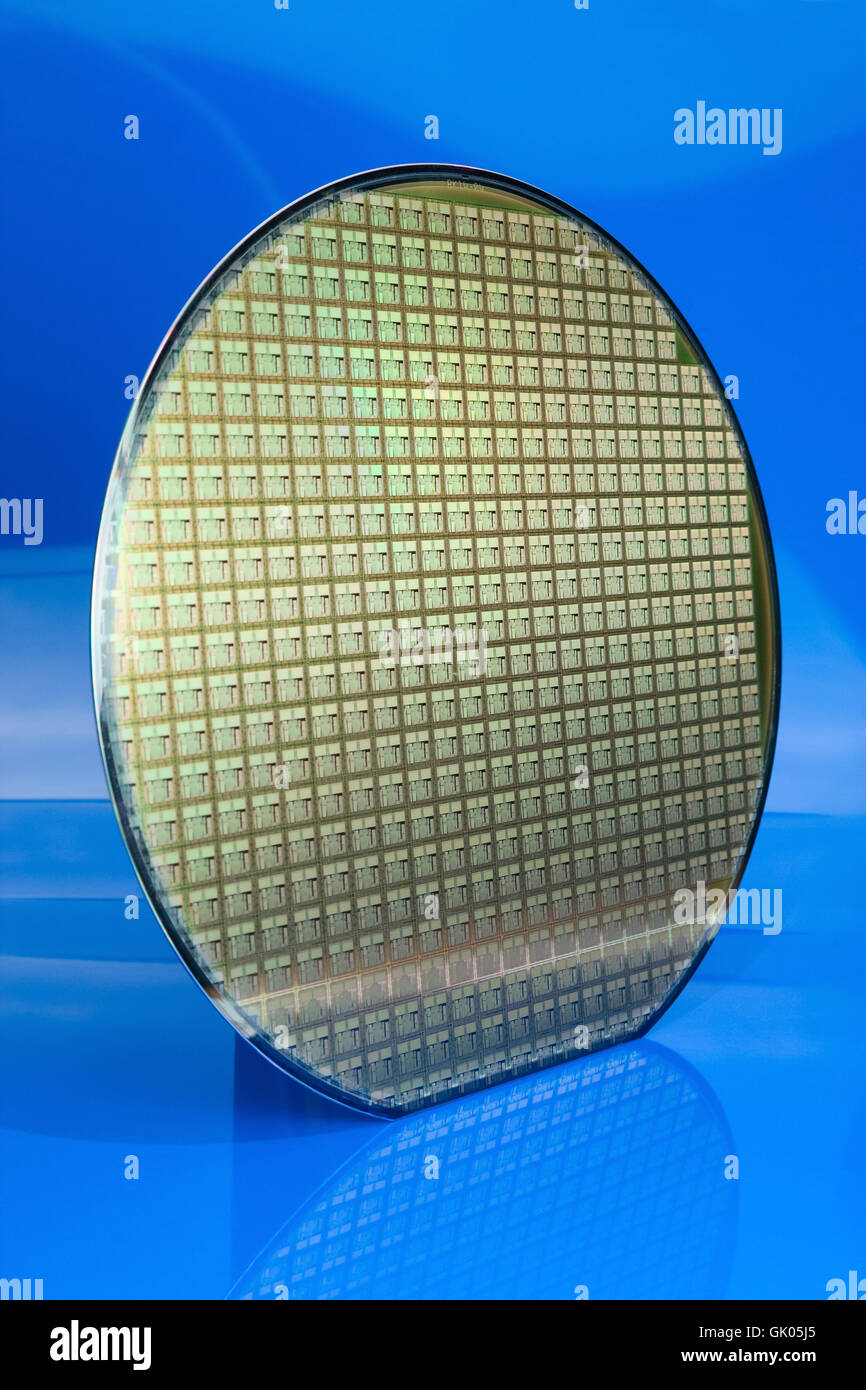 Silicon Wafer Stock Photos & Silicon Wafer Stock Images - Alamy
