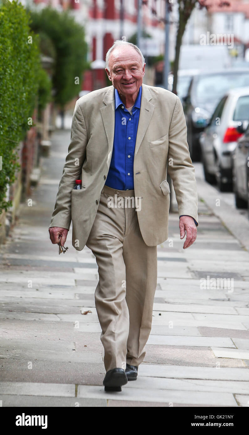 Ken Livingstone takes his dog for a walk after being suspended by the Labour party for alleged anti-semetic comments - Stock Image