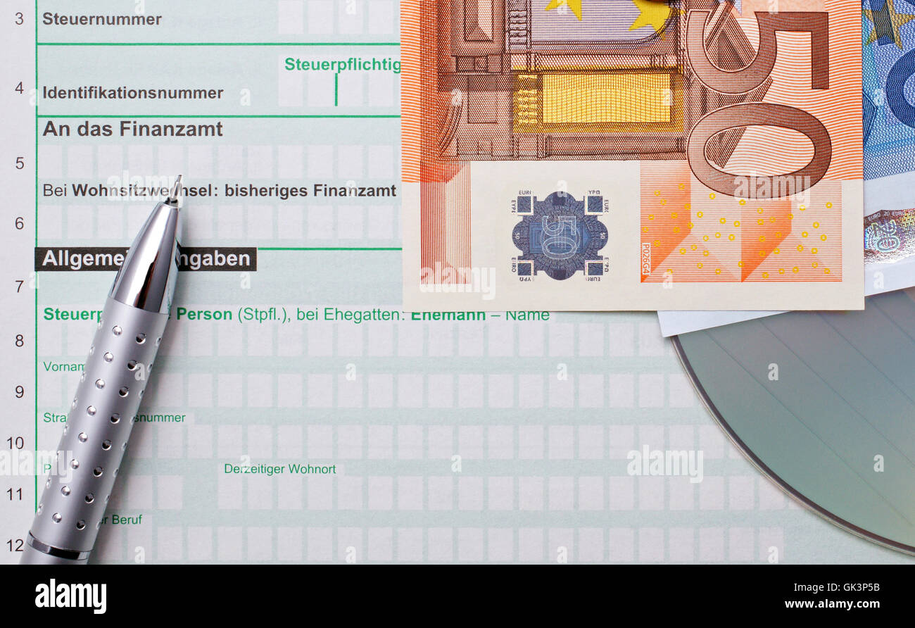 income tax - euros - elster cd - Stock Image