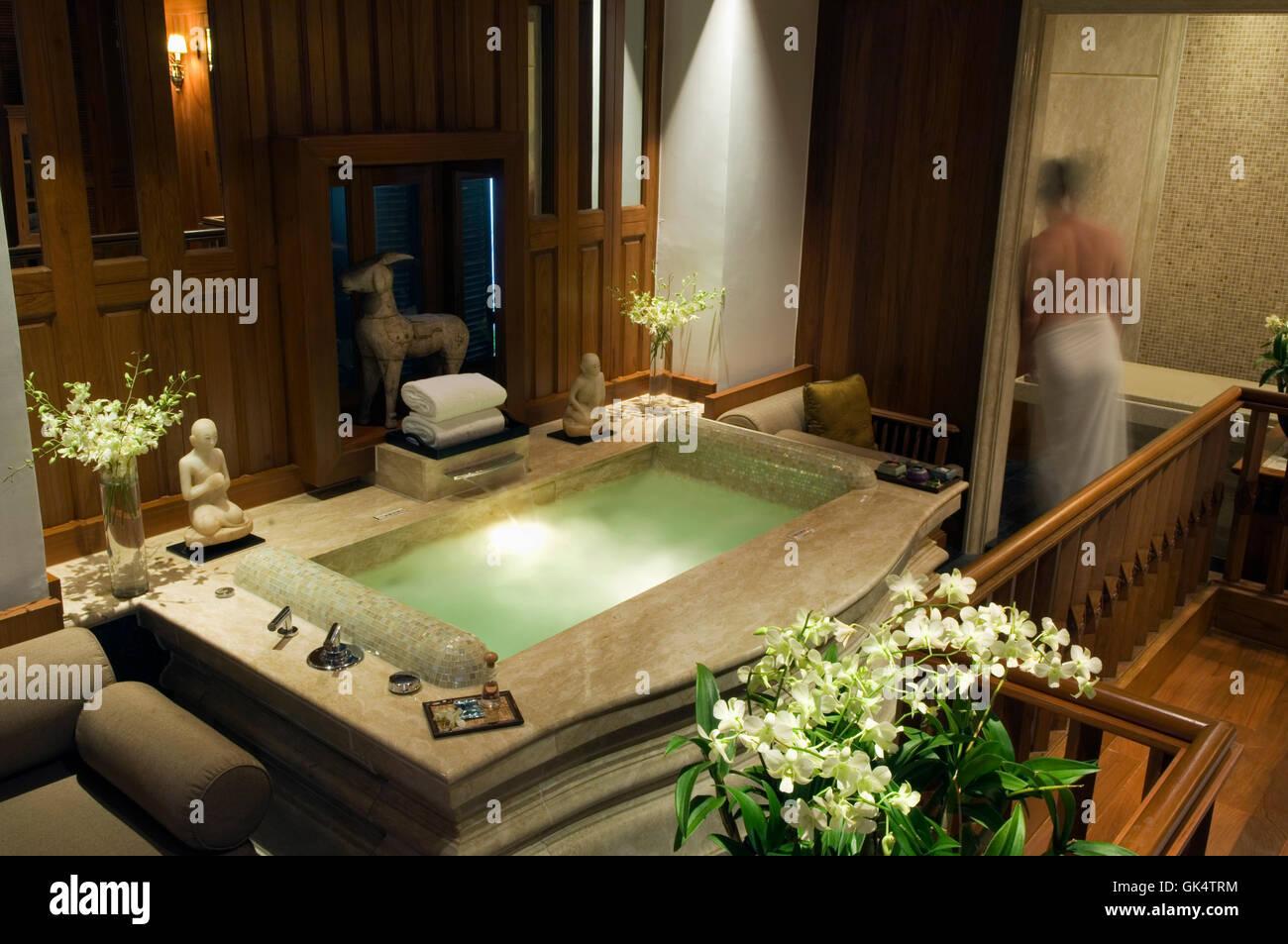 Thailand Luxury Bathtub Oriental Stock Photos & Thailand Luxury ...