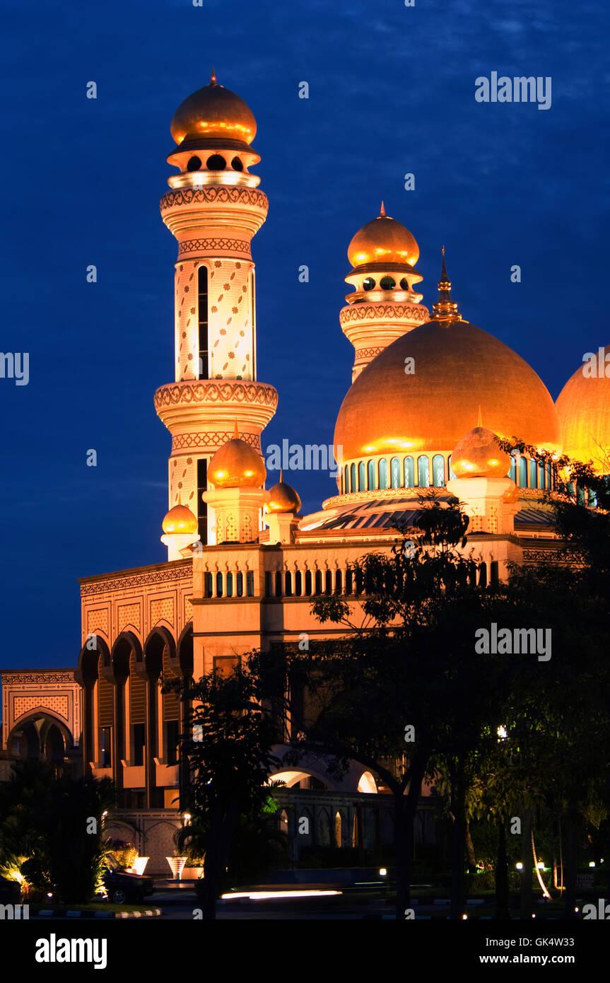 1992, Brunei --- Jame'Asr Hassanil Bolkiah Mosque in Brunei --- Image by © Jeremy Horner Stock Photo