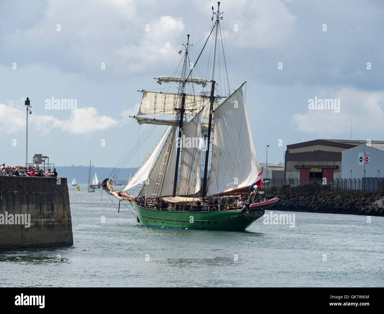 L' Avatar, full  sails, sailing in La Penfeld, during the Brest's International Maritime Festival 2016. - Stock Image