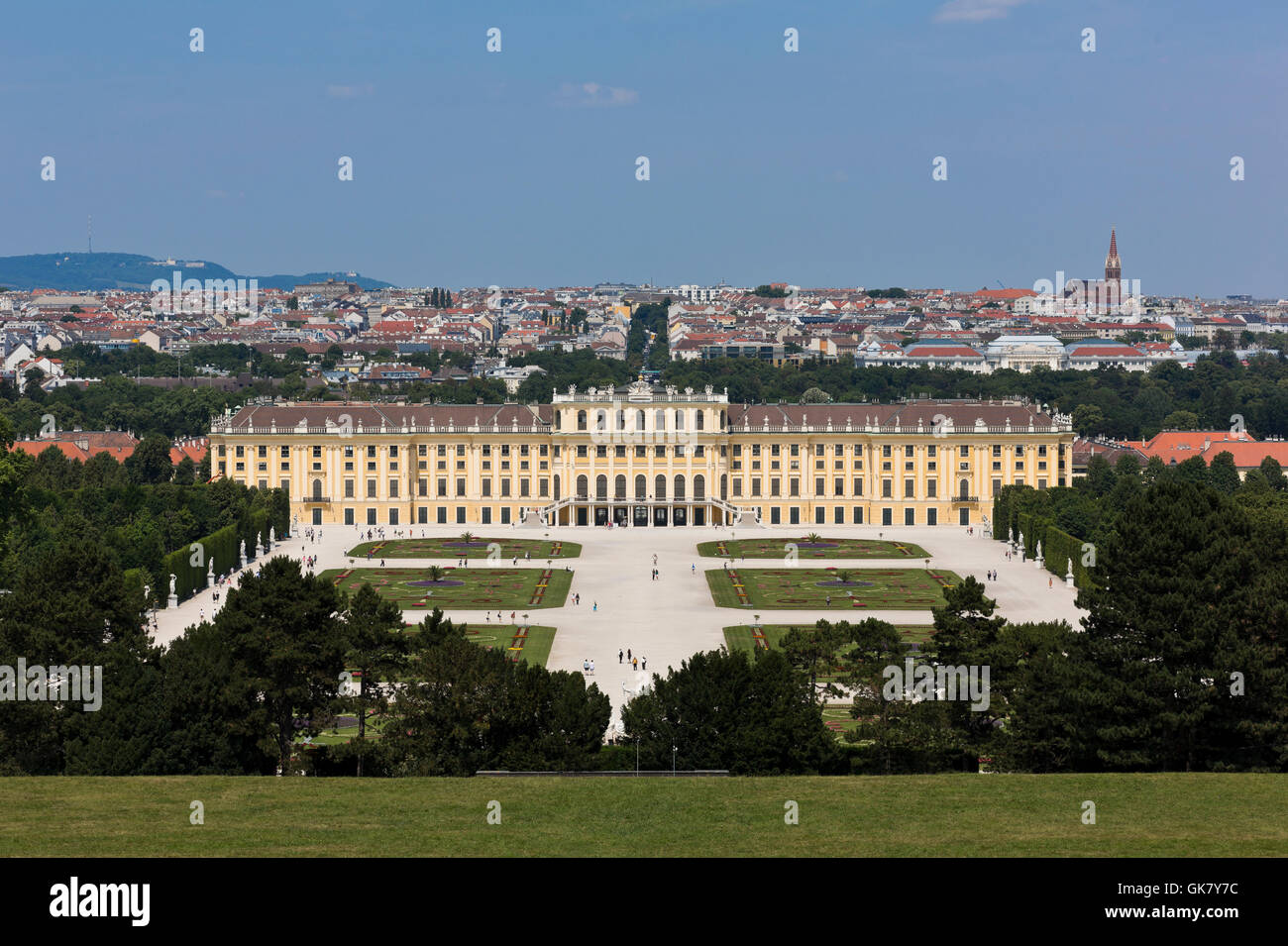 Austria, Schonbrunn Palace in Vienna, which is the former imperial modern living room Rococo summer 1441 in Vienna - Stock Image