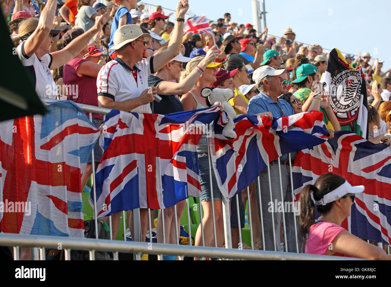 Rio de Janeiro, Brazil. 19th August, 2016. Delighted GBR fans as Nick Skelton of Great Britain wins the Olympic - Stock Image