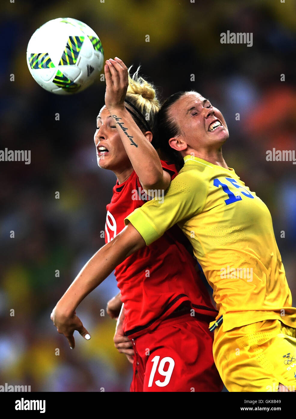 Rio De Janeiro, Brazil. 19th Aug, 2016. Germany's Svenja Huth (L) vies for the ball during the women's gold - Stock Image