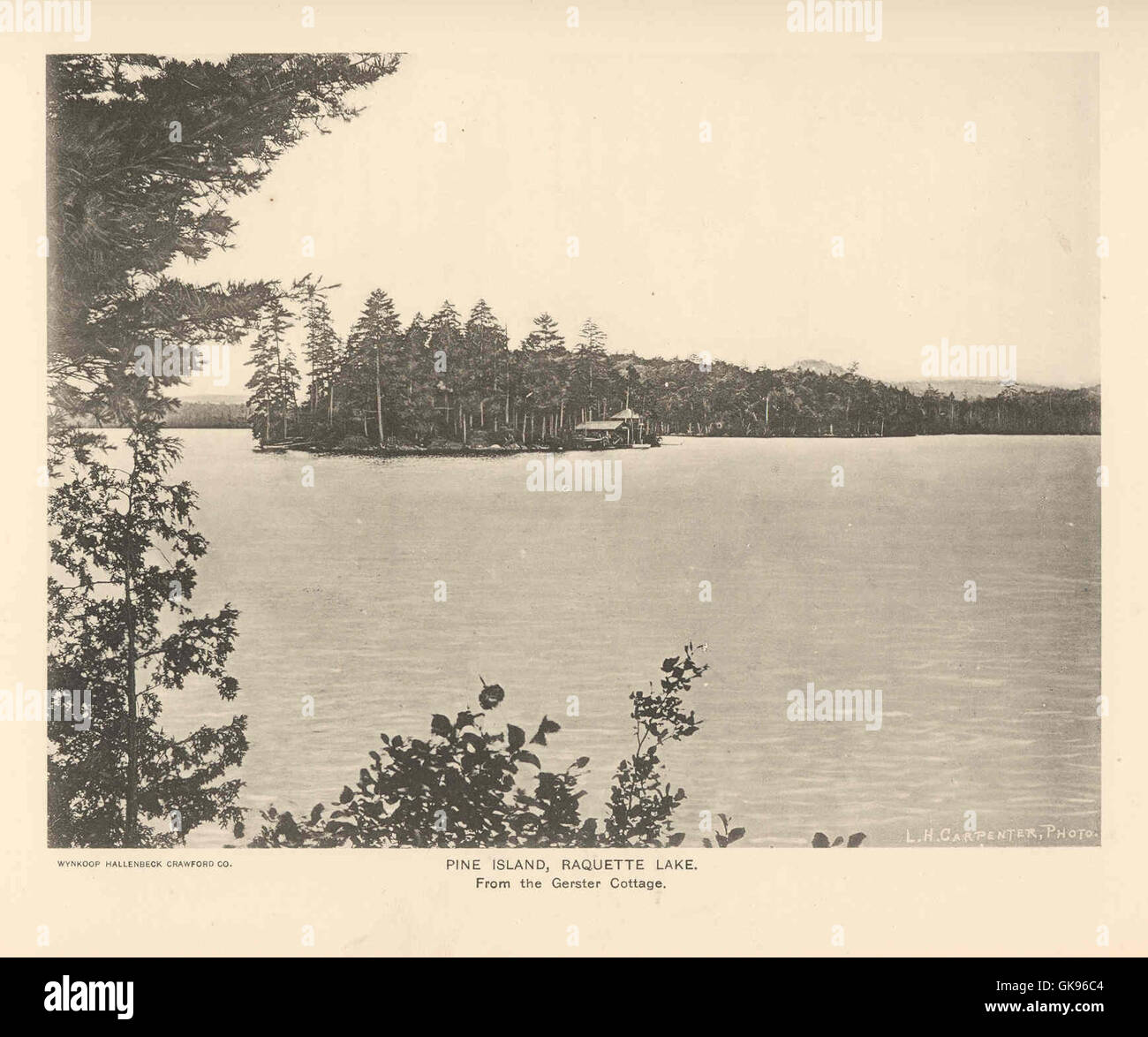 43067 Pine Island, Raquette Lake From the Gerster Cottage - Stock Image