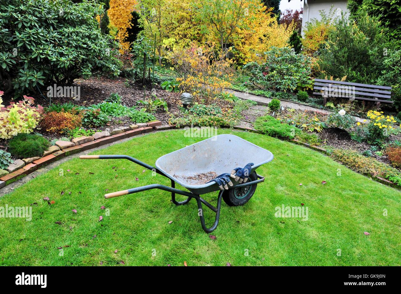 garden maintenance in autumn Stock Photo