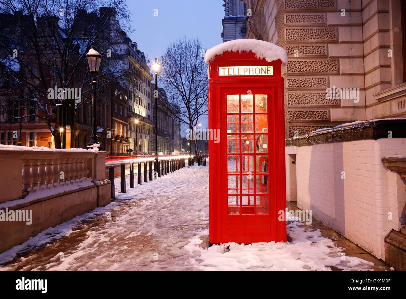 telephone box phonebooth telephone kiosk - Stock Image