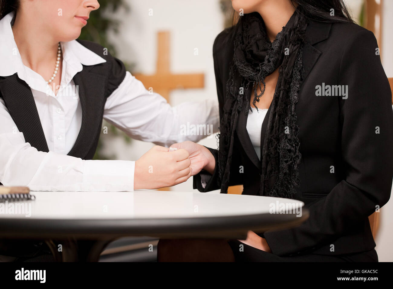 funeral with a customer - Stock Image