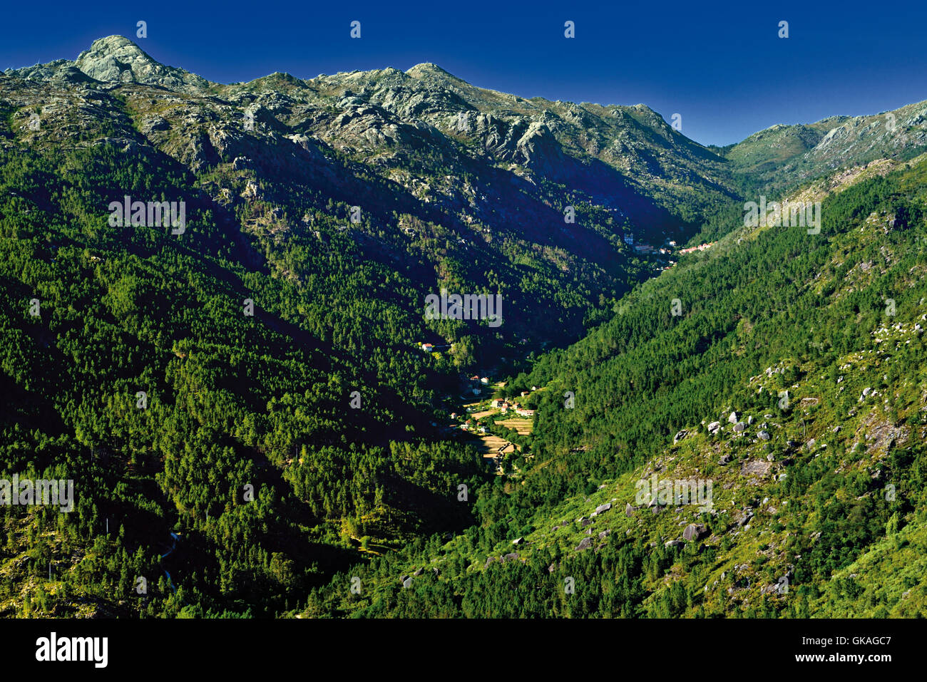 Portugal, Minho: Mountains and green valley in the National Park Peneda Geres - Stock Image