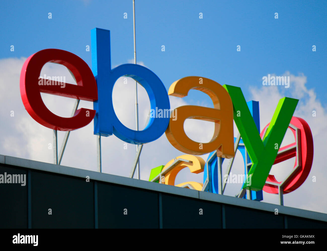 Logo der Marke 'EBay', Berlin. - Stock Image