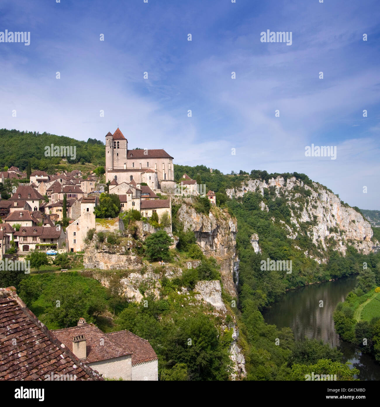 The historic clifftop village tourist attraction of St Cirq Lapopie, Lot, France - Stock Image