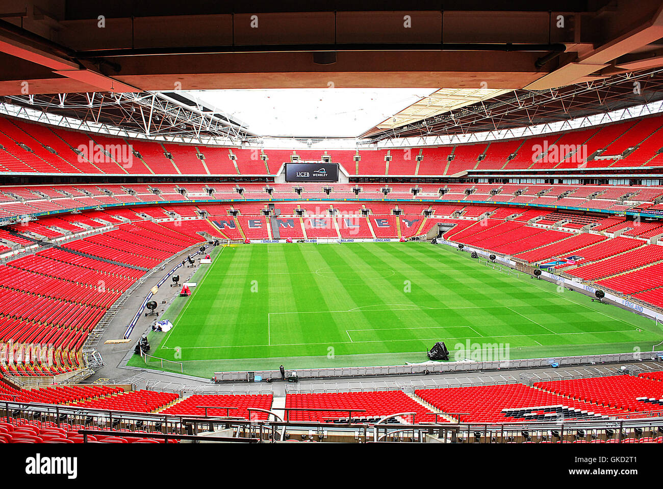 Bobby Moore photocall at Wembley Stadium. Attended by legendary football players George Cohen and Gordon Banks. - Stock Image