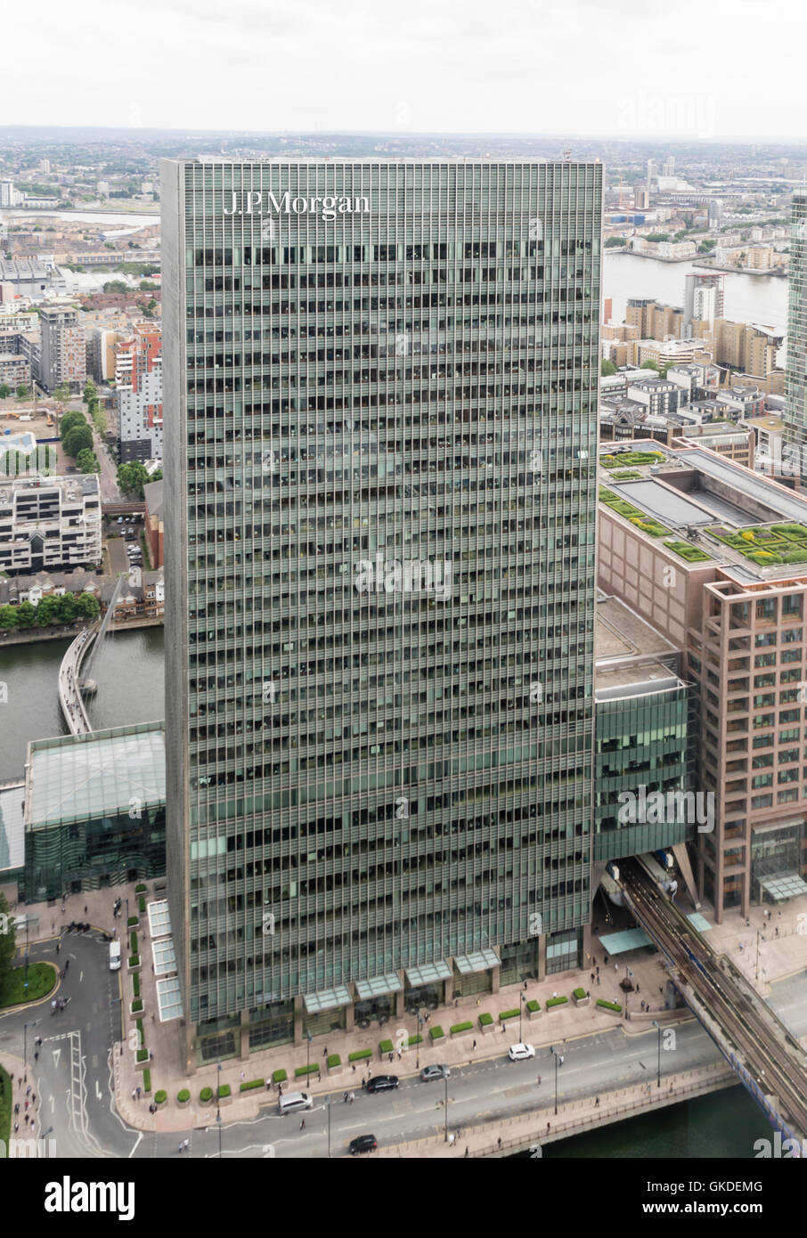 Office building of the US bank J.P. Morgan at London's Canary Wharf financial district. - Stock Image