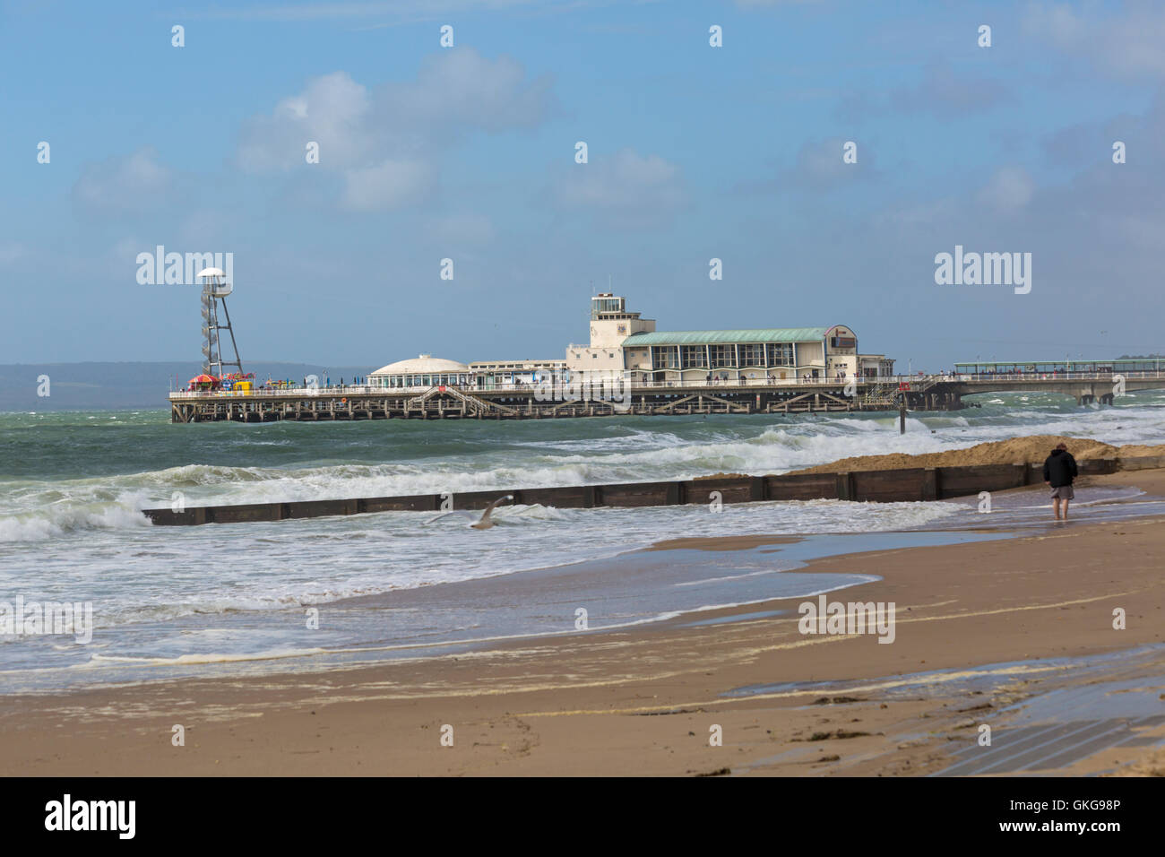 Bournemouth, UK. 20 August 2016. Uk Weather: wind and high tides causes disruption on the third day of the Bournemouth - Stock Image