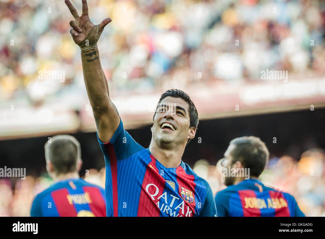 Barcelona, Catalonia, Spain. 20th Aug, 2016. FC Barcelona forward SUAREZ celebrates a goal during the BBVA league Stock Photo