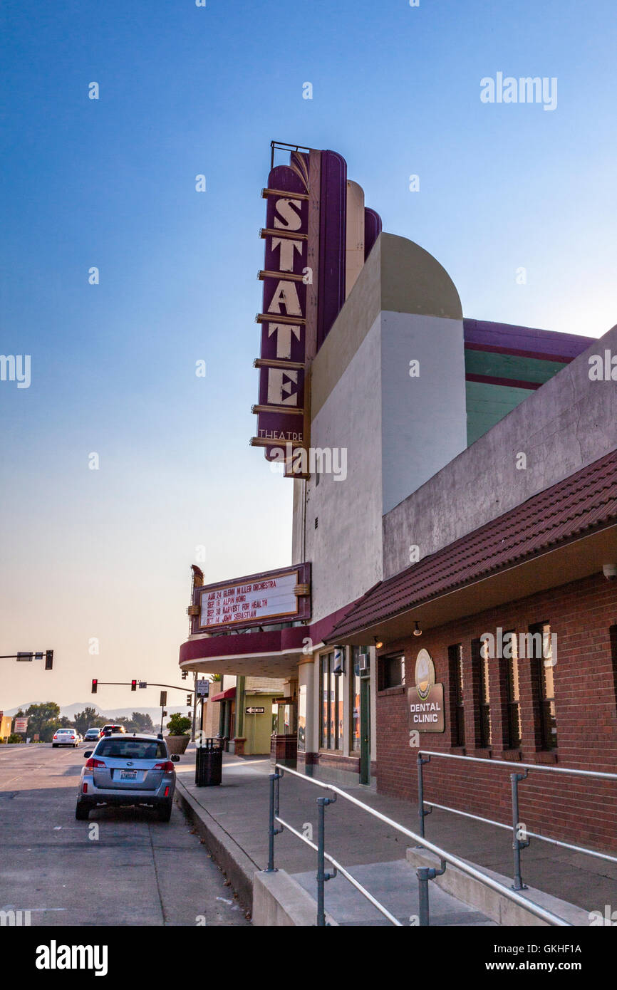 The State Theater in Red Bluff California - Stock Image