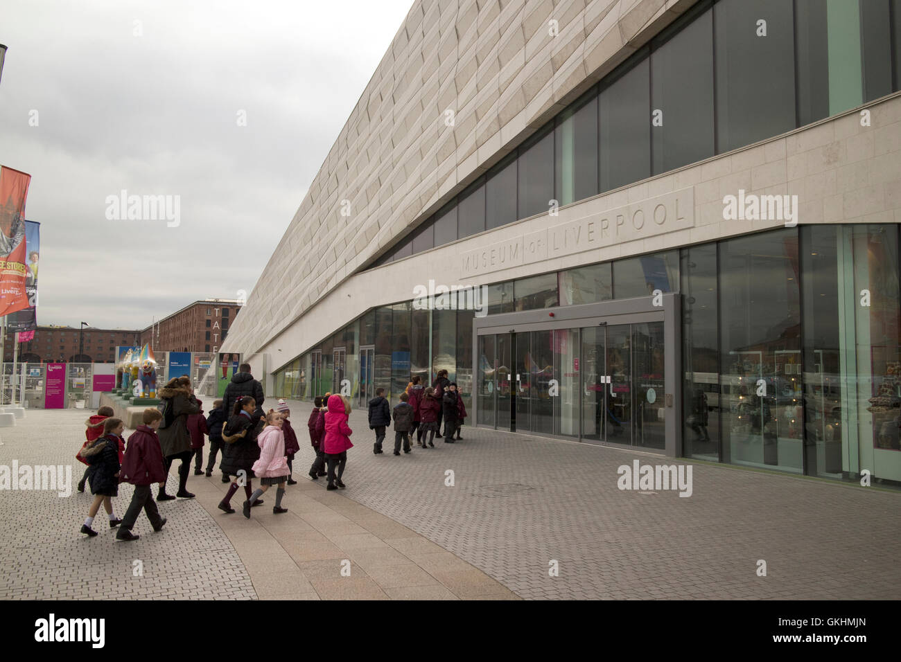 school groups visiting the Museum of Liverpool building merseyside - Stock Image