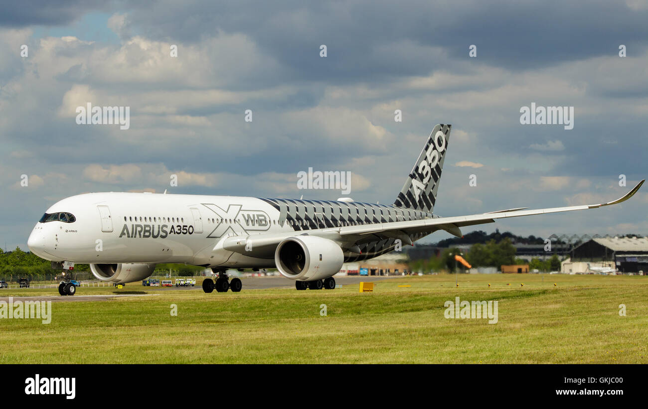Airbus A350 on the ground taking off at Farnborough Stock Photo