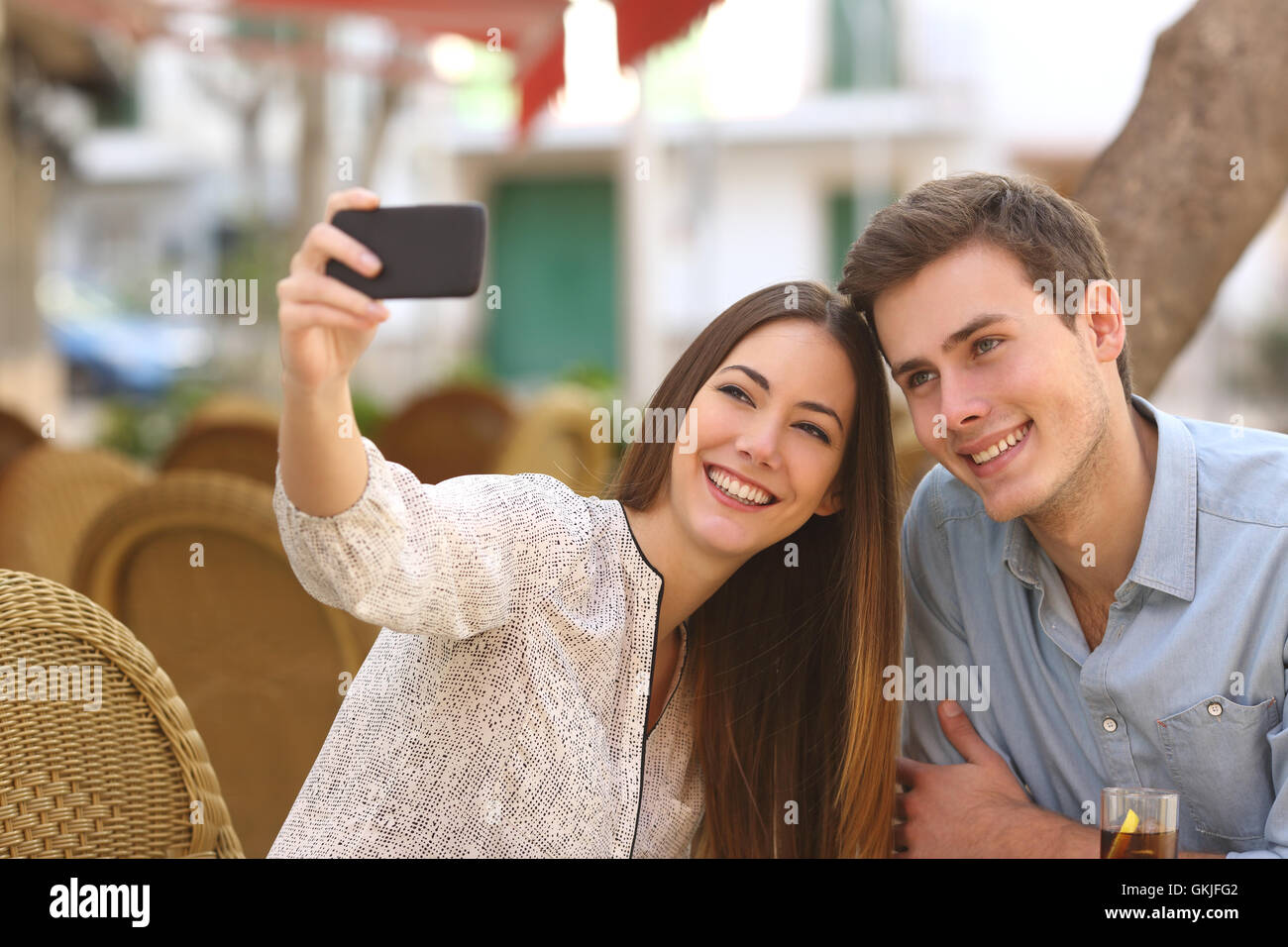 How to take a selfie for dating sites