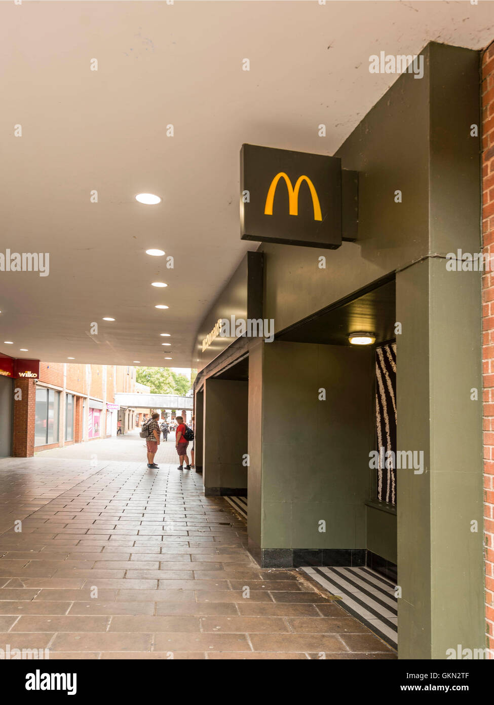 Eating Outlet Stock Photos & Eating Outlet Stock Images - Alamy