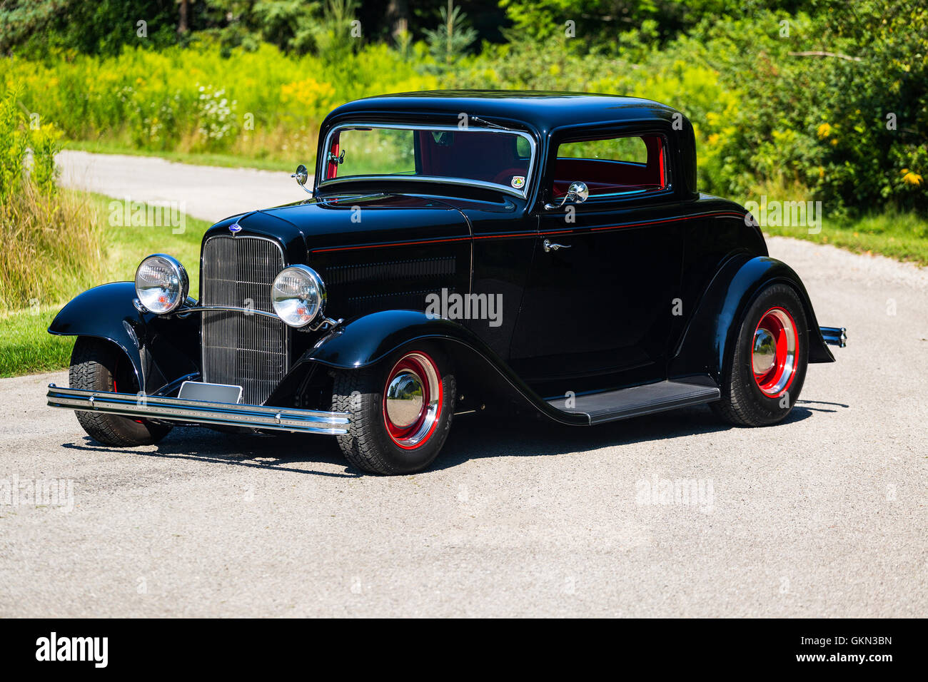 1932 Ford 3 Window Coupe Hot Rod Stock Photo: 115404345 - Alamy