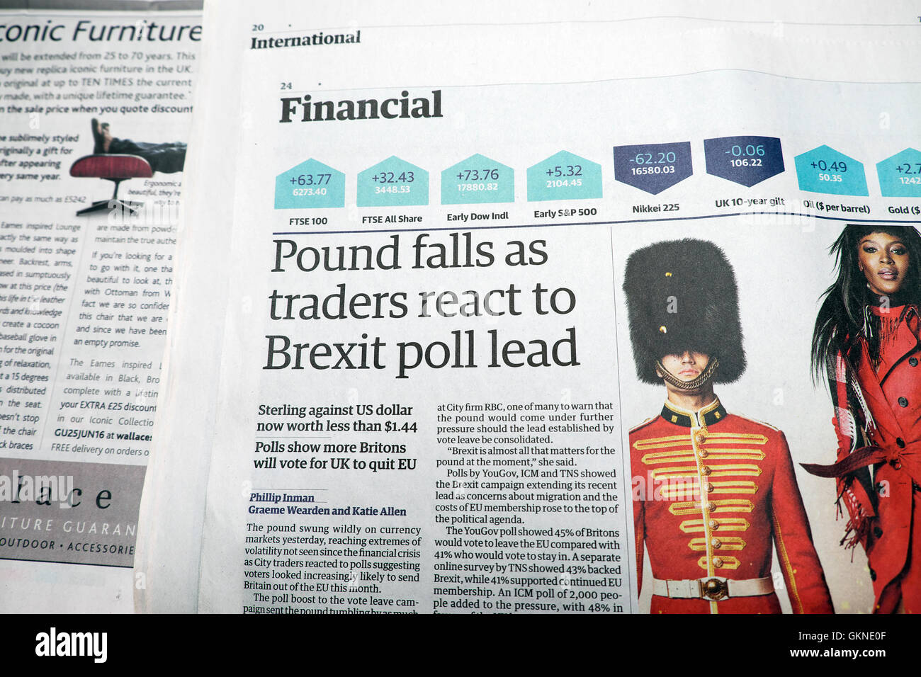 Guardian newspaper financial article before the Brexit vote  'Pound falls as traders react to Brexit poll lead' - Stock Image