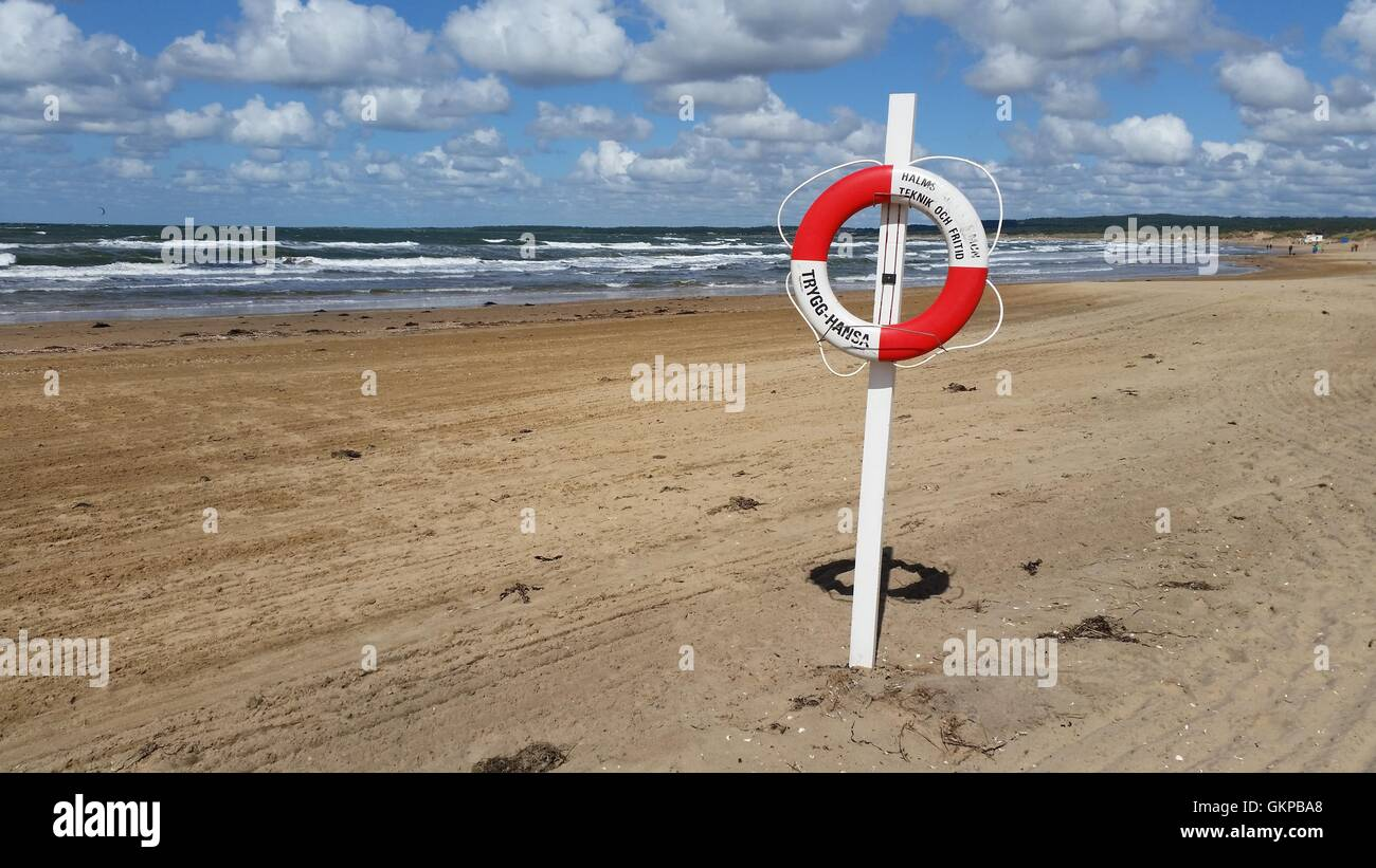 Halmstad, Sweden. 11th Aug, 2016. A resuce floating ring can be seen at the Tylösand beach in Halmstad, Sweden, - Stock Image