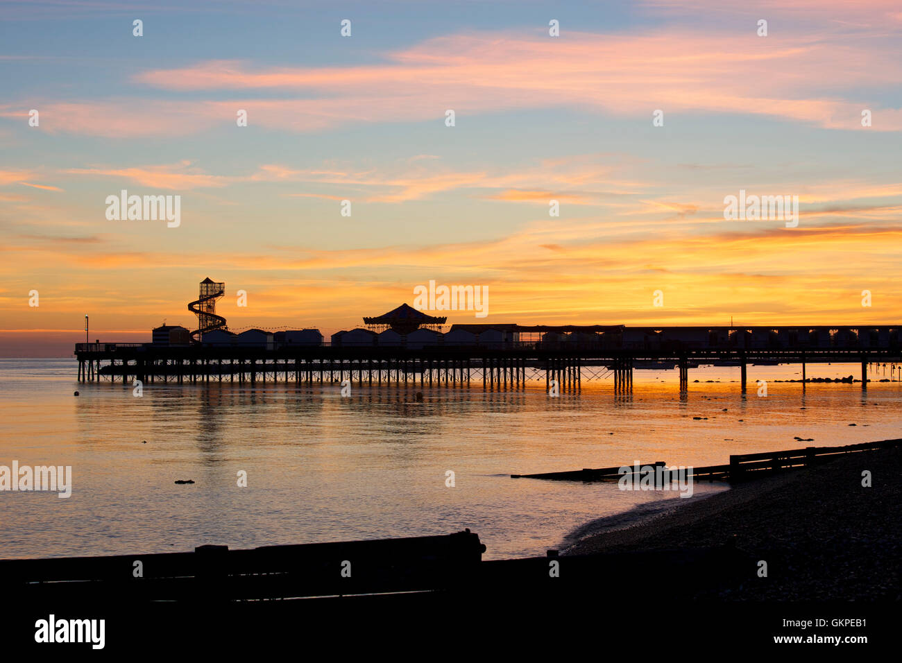 Herne Bay, Kent, UK. 23rd August 2016: UK Weather. Sunrise at Herne Bay pier as temperatures are expected to be - Stock Image