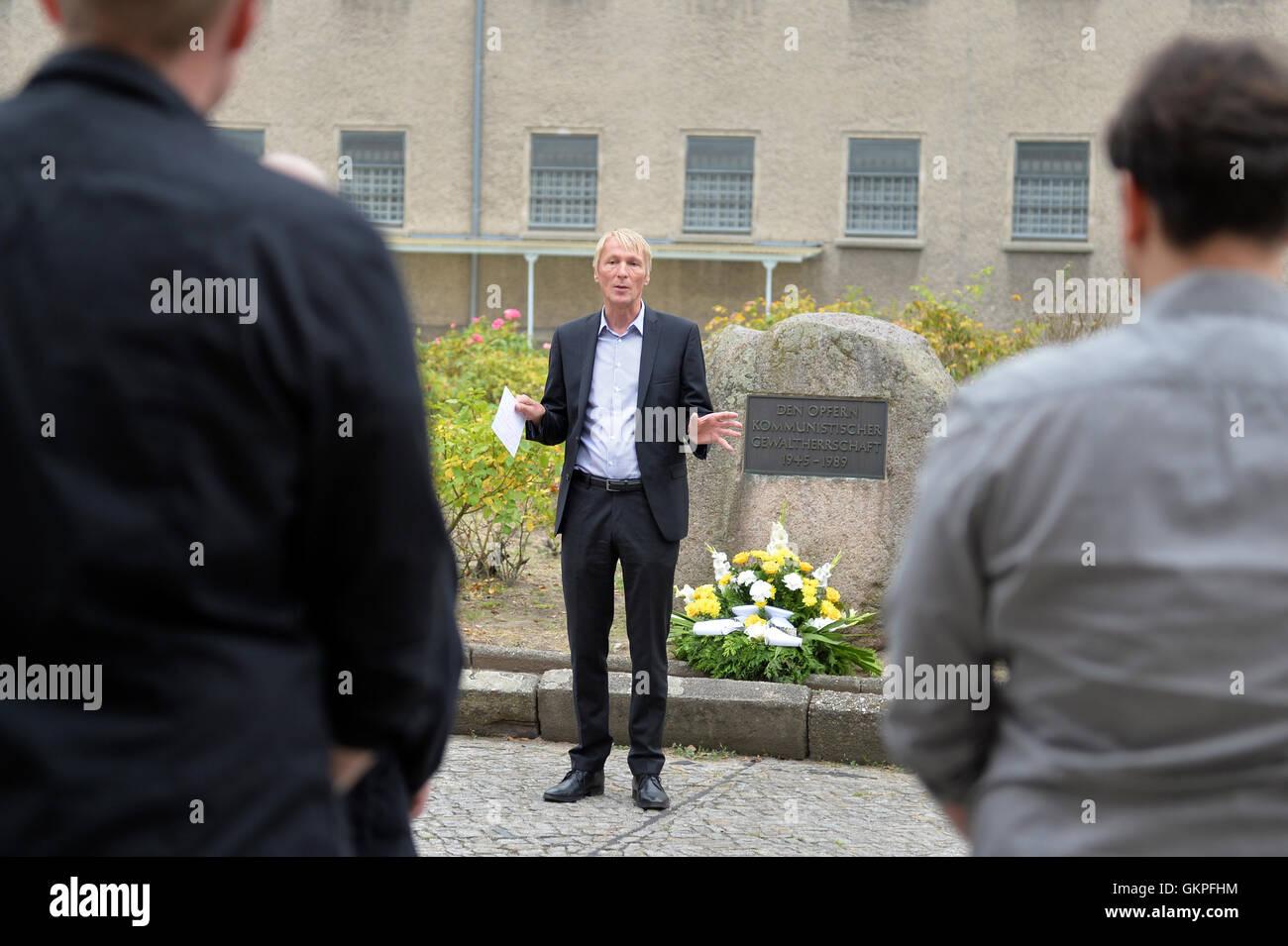 Berlin, Germany. 23rd Aug, 2016. Hubertus Knabe, director of the Stasi prison memorial site Berlin-Hohenschoenhausen, - Stock Image