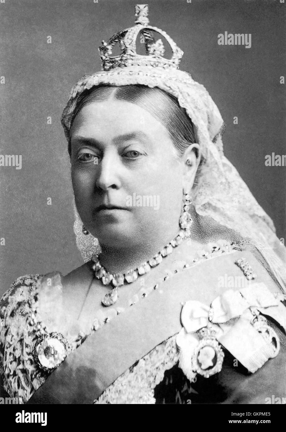 QUEEN VICTORIA (1819-1901) wearing the small diamond crown photgraphed by Alexander Bassano in 1882 - Stock Image