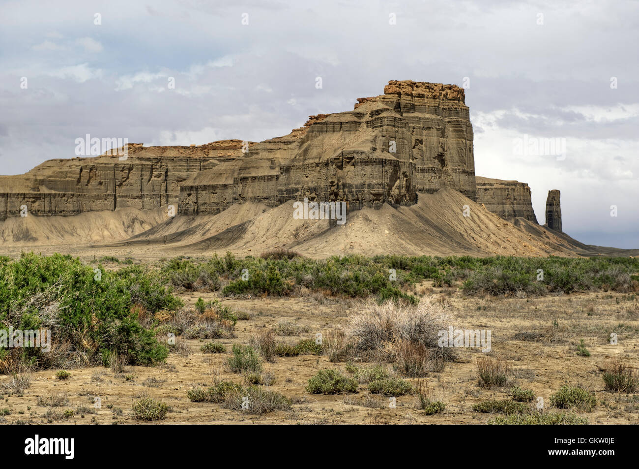 Cliffs of Mancos Shale along Skyline Rim, on the north side of Utah State Route 24 near Caineville. - Stock Image