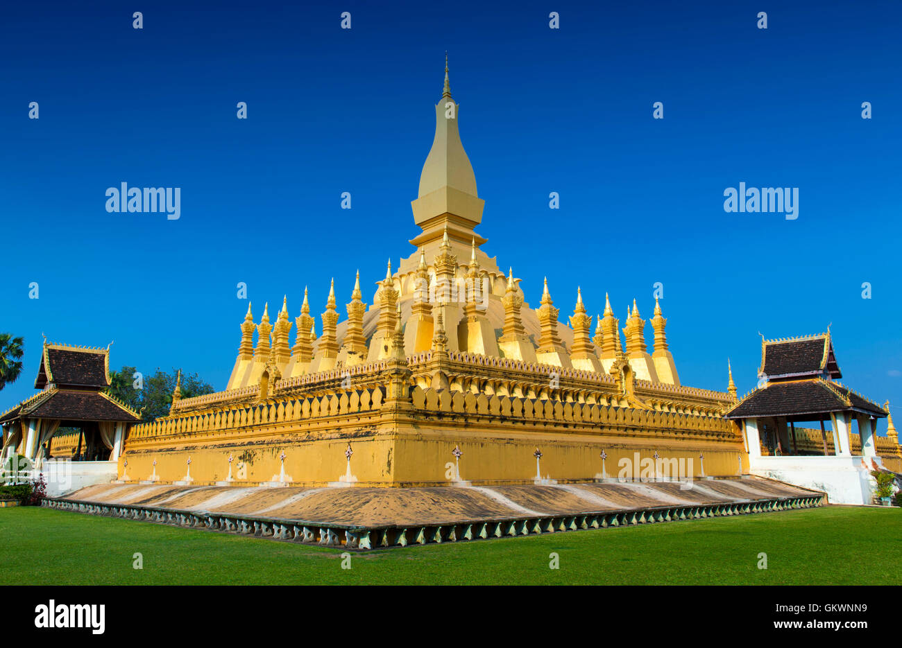 That Luang Stupa, landmark of Vientiane, Lao PDR - Stock Image