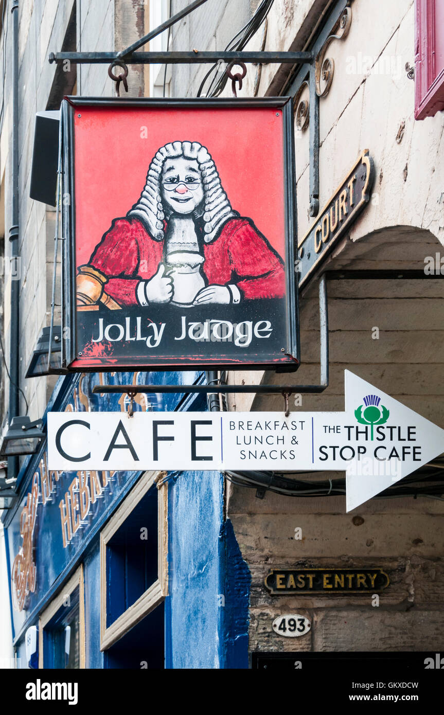 Sign for the Jolly Judge public house in Edinburgh. - Stock Image