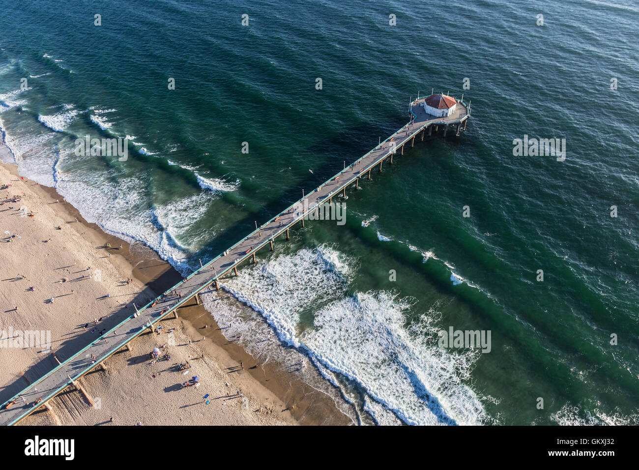Manhattan Beach, California, USA - August 16, 2016:  Afternoon aerial view of Manhattan Beach Pier and the Pacific - Stock Image