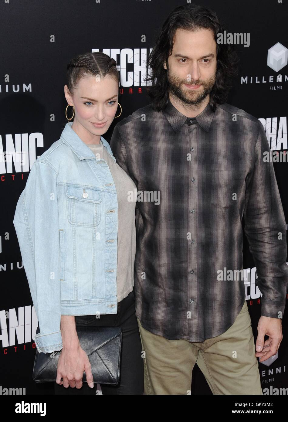 Hollywood, CA. 22nd Aug, 2016. Cassi Colvin, Chris D'Elia at arrivals for MECHANIC: RESURRECTION Premiere, Arclight - Stock Image