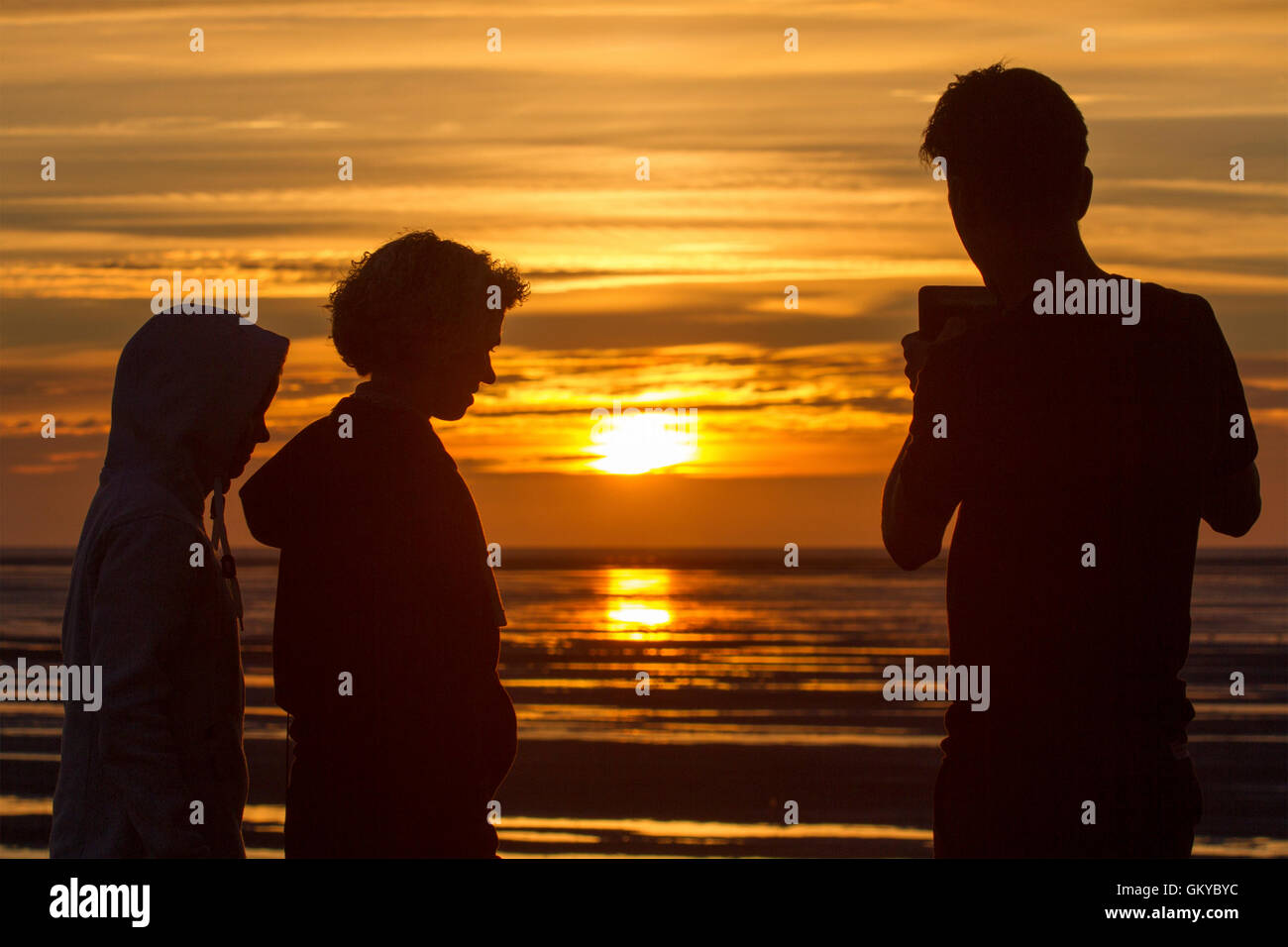 Southport, Merseyside, UK. 24th August, 2016. UK Weather: Sunset in Southport, Merseyside, UK. 24/08/16.  Gorgeous - Stock Image