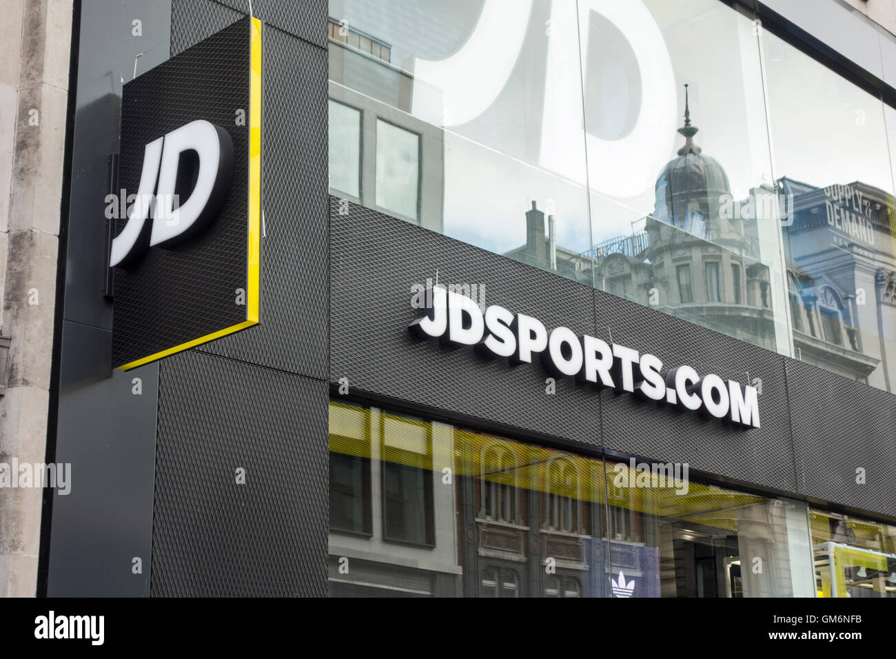 123f3cc042647 JD Sports shop front, Oxford Street, London, UK Stock Photo ...