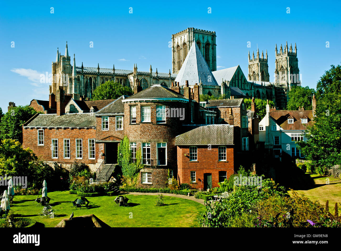 Grays Court Tea Rooms and the Minster, York - Stock Image