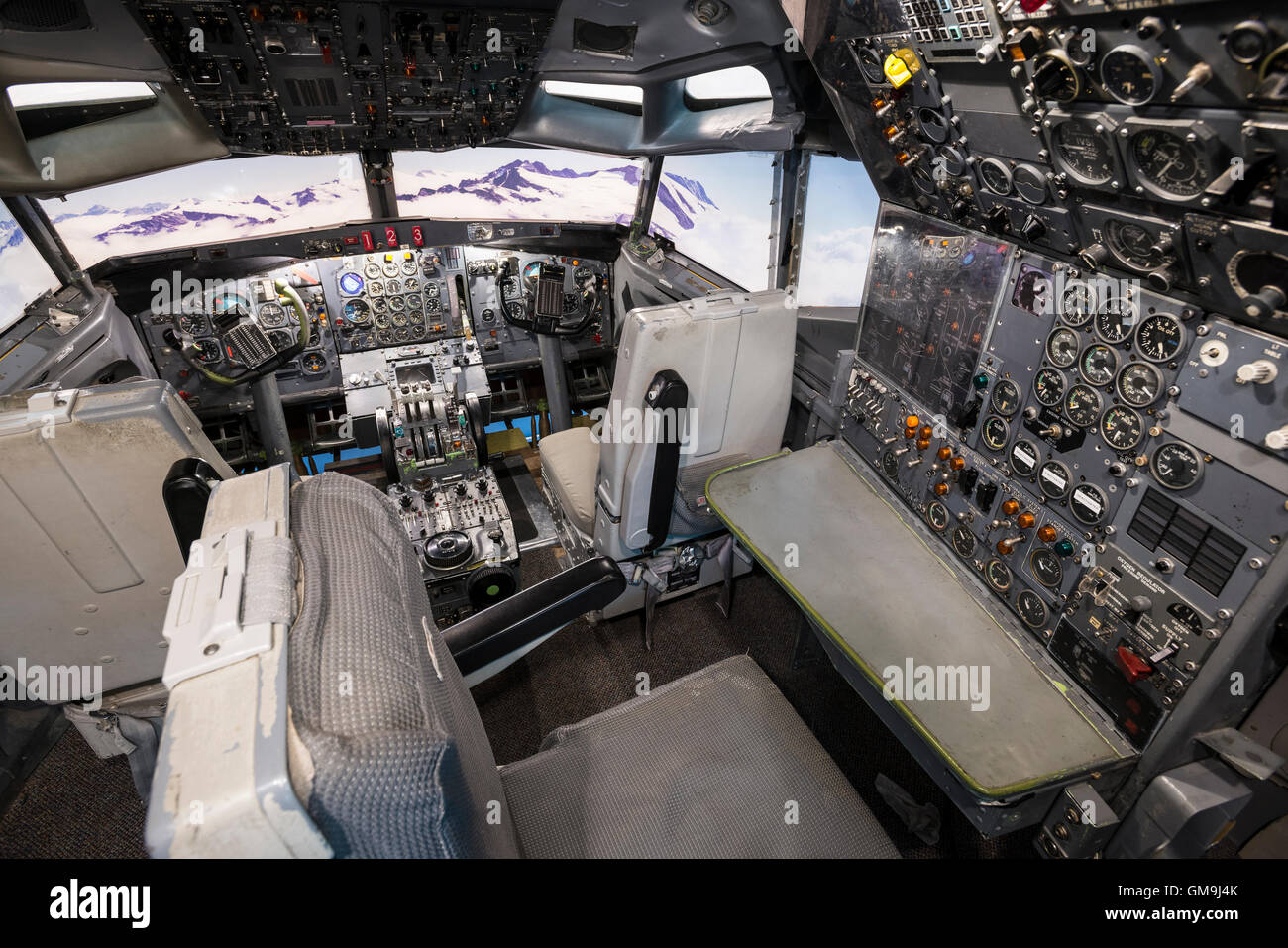 Cockpit simulator of a Boeing 727, Wings over the Rockies Air and Space Museum, Denver, Colorado. - Stock Image