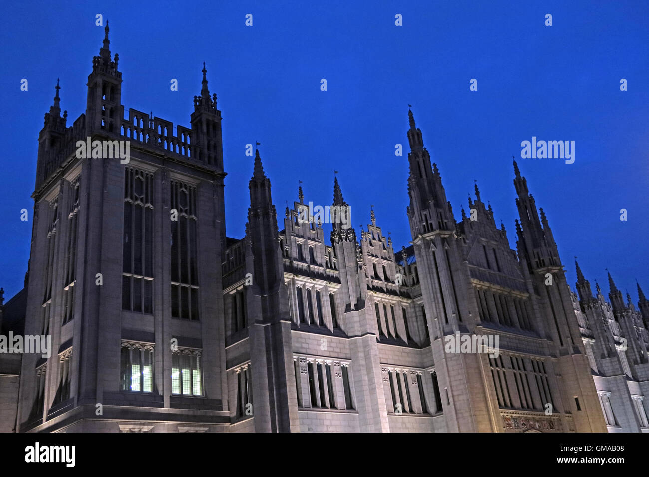 Marischal College granite building, Aberdeen City Council HQ, at dusk, Broad Street, Aberdeen, AB10 1AB - Stock Image