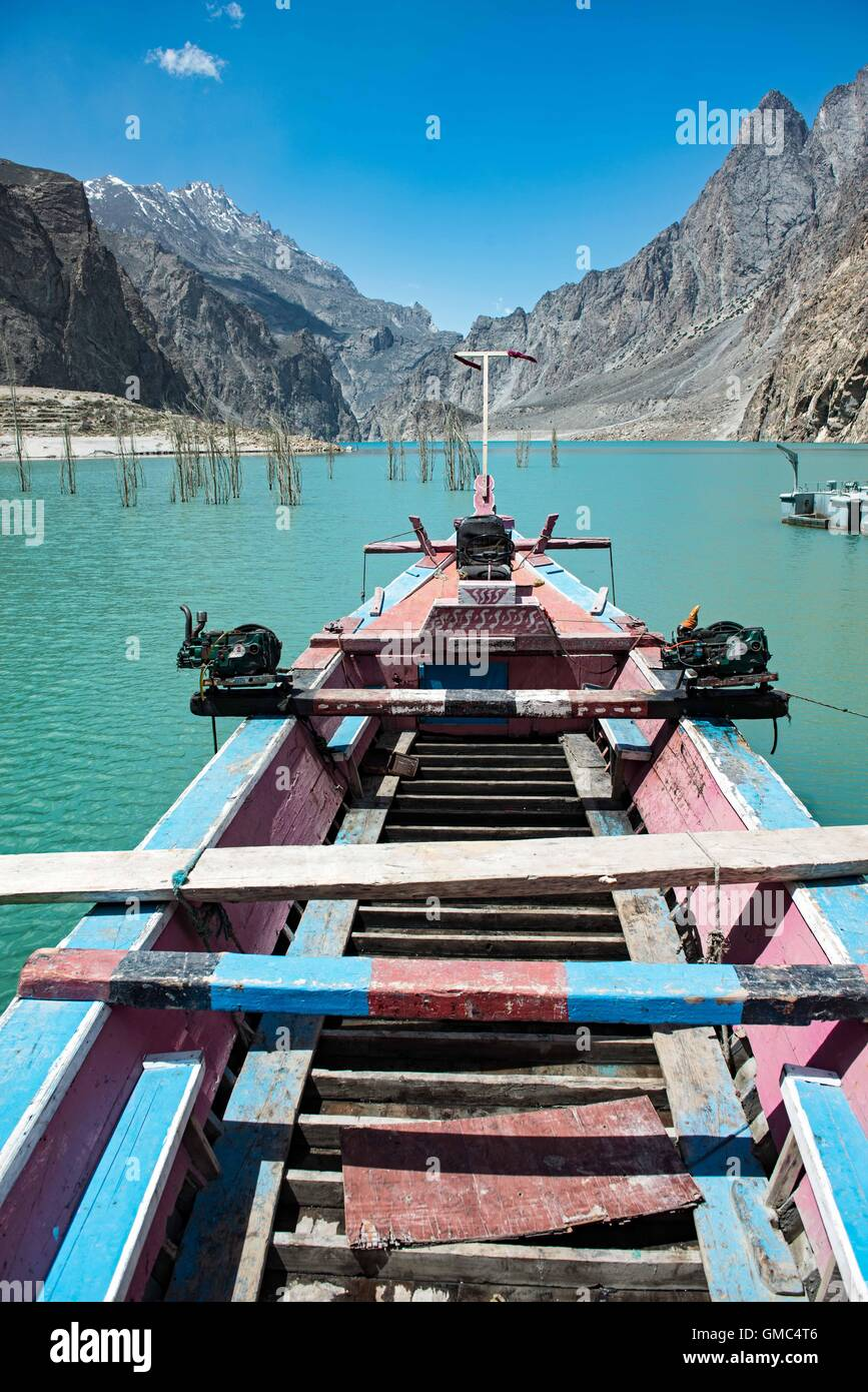 Abandoned boat on Attabad Lake, Gojal, also known as Gojal Lake - Stock Image