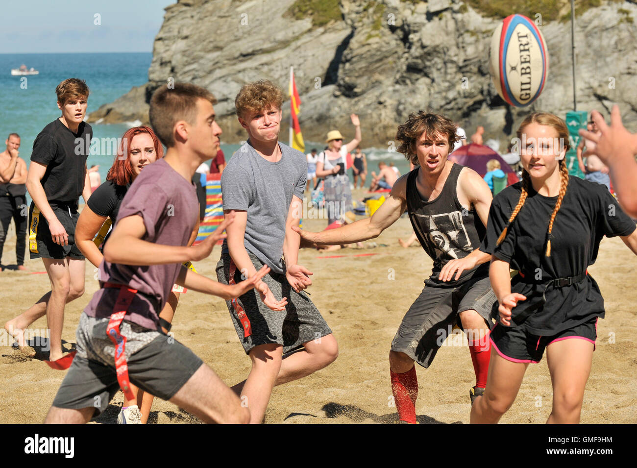 Newquay, UK. 26th Aug, 2016. Lusty Glaze, Newquay, Cornwall. 26th August, 2016. Under the blazing sun teams of all - Stock Image