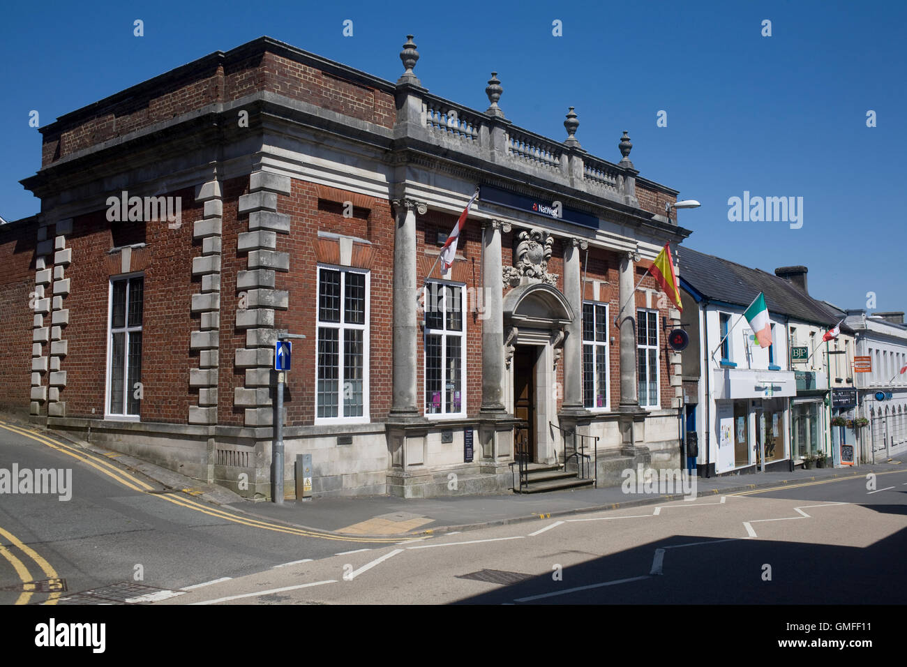 Rhosmaen street on hot summer day with Nat West bank - Stock Image