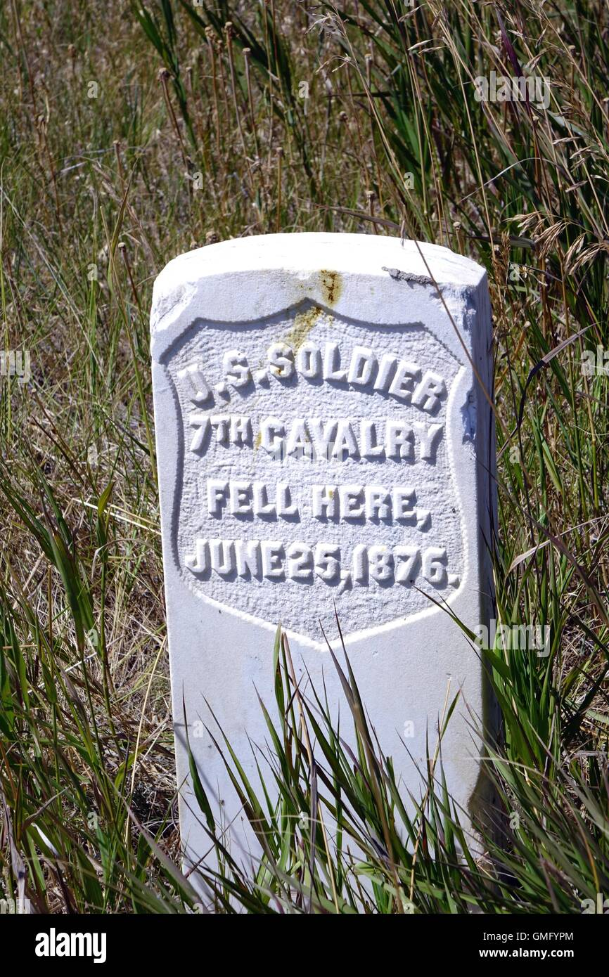 Marker showing where an unidentified soldier fell during the battle of the Little Bighorn, Little Bighorn Battlefield - Stock Image