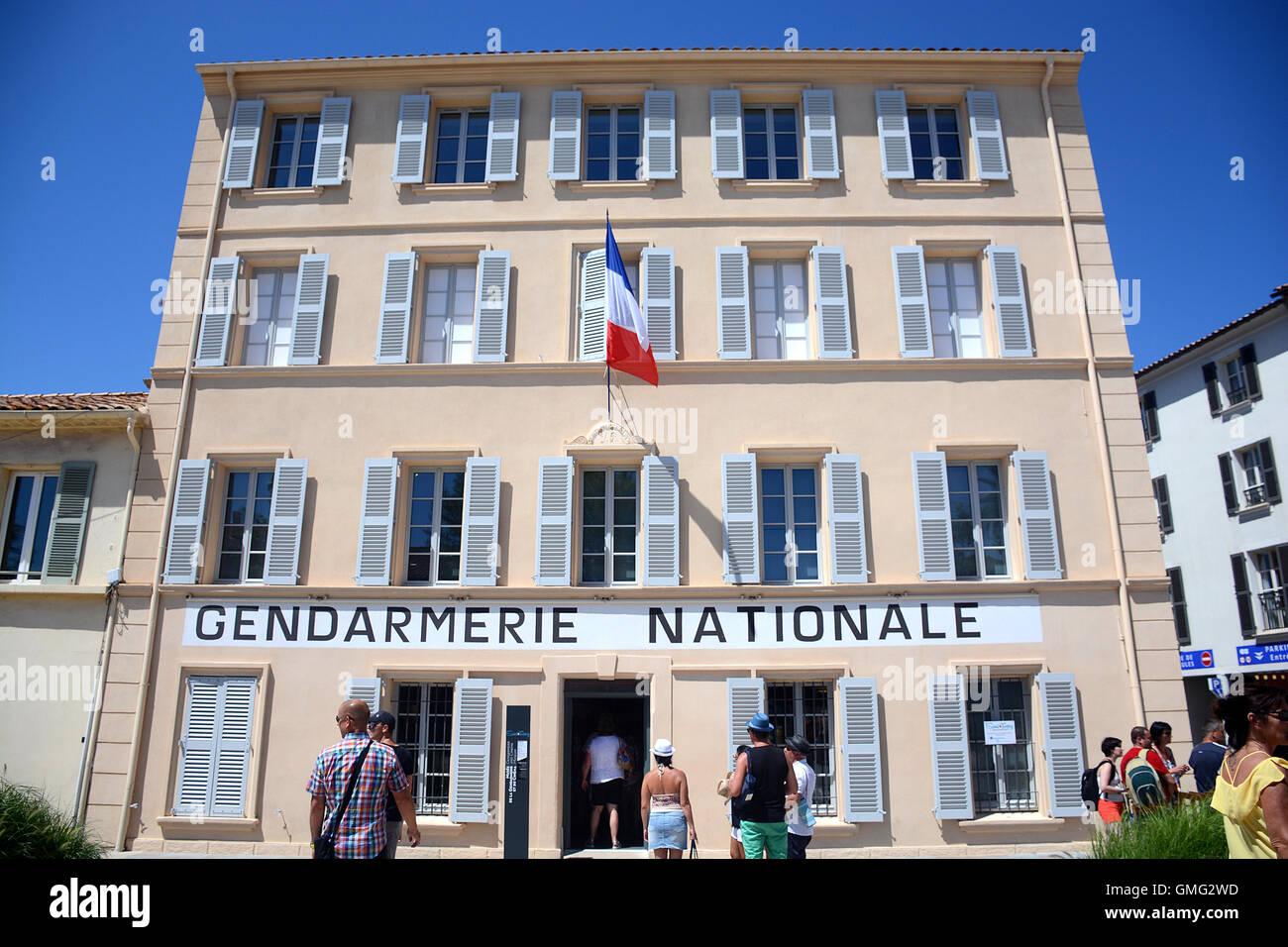musee de la gendarmerie et du cinema place blanqui saint tropez var stock photo 115908841 alamy. Black Bedroom Furniture Sets. Home Design Ideas